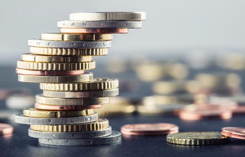 オンラインカジノで役立つウィナーズ投資法とは?使い方や弱点を徹底解説