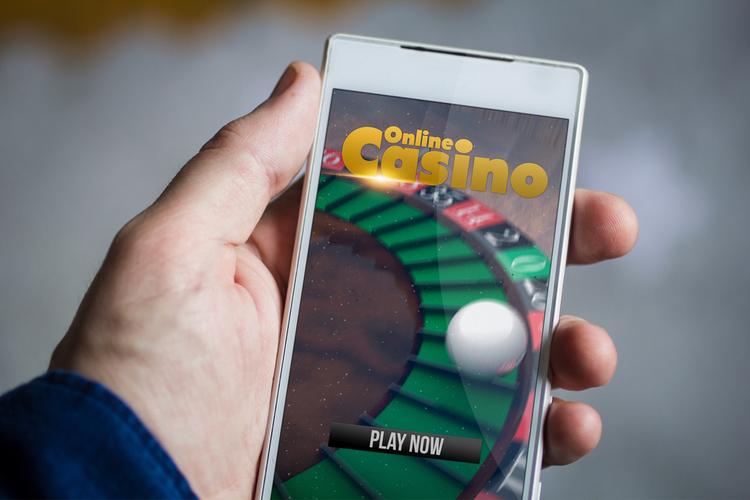 スマホ対応のおすすめオンラインカジノ10選!PCと比較した時のメリット・デメリット