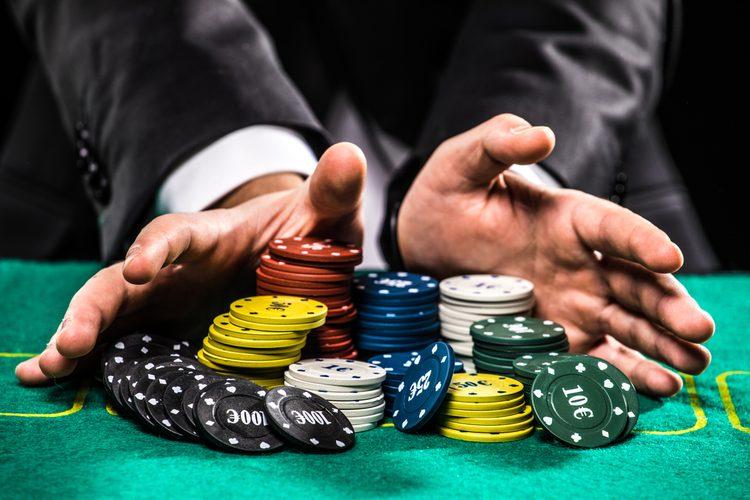 ギャンブルのメリット・デメリットを徹底解説!国内にカジノが必要な理由とは